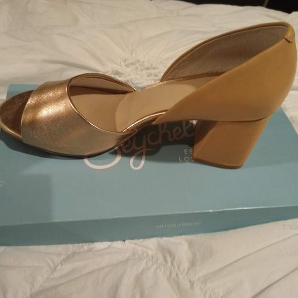 f91dae1672d Seychelles Shabby Chic heels NWT